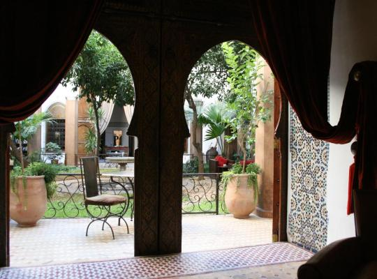 Hotel photos: Riad Laaroussa