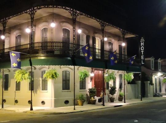 Képek: New Orleans Courtyard Hotel