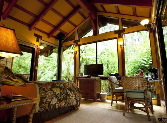 Hotel bilder: Volcano Village Lodge