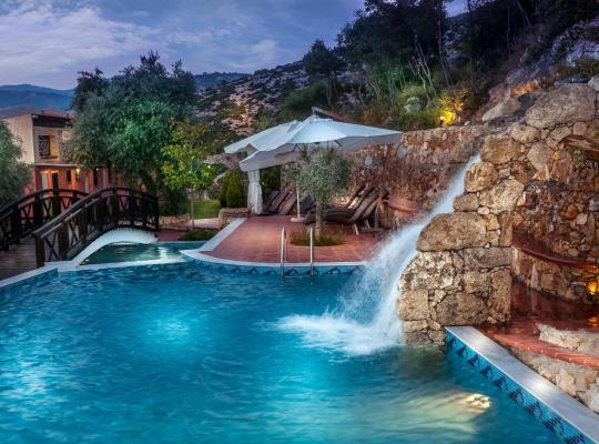 Otel fotoğrafları: Kallisti Hotel