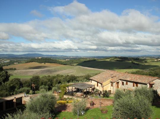 होटल तस्वीरें: Antico Borgo Poggiarello