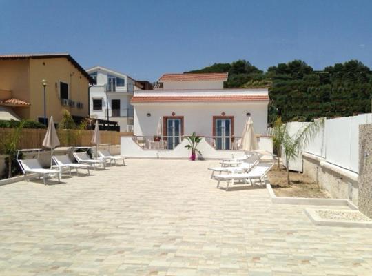 ホテルの写真: Costa Del Sol