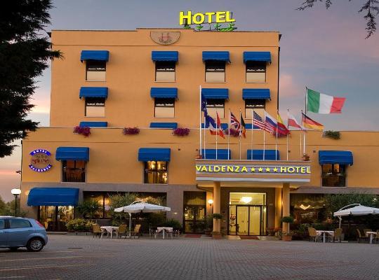 Hotel photos: Valdenza Hotel