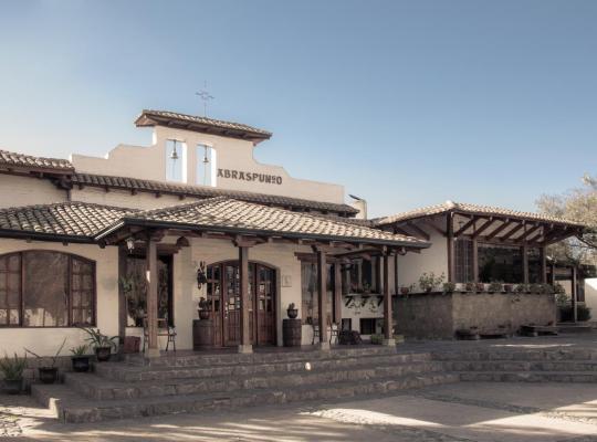 Φωτογραφίες του ξενοδοχείου: Hotel Hacienda Abraspungo