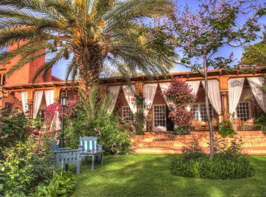 Фотографії готелю: Domaine de la Roseraie & Spa