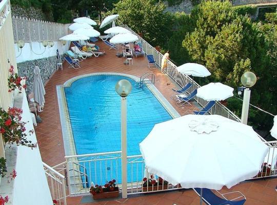 Fotos de Hotel: Zi'Ntonio