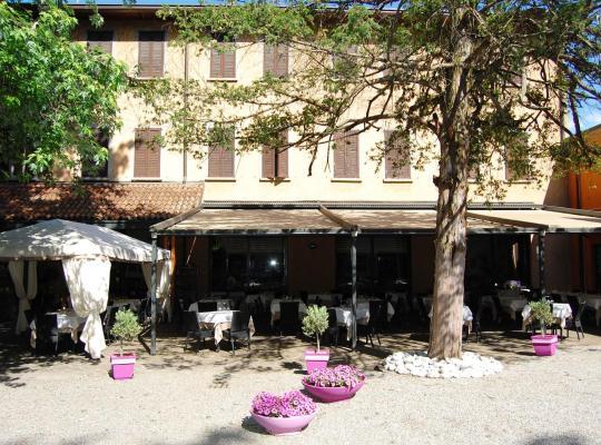 Фотографии гостиницы: Albergo Ristorante Sant'Eustorgio