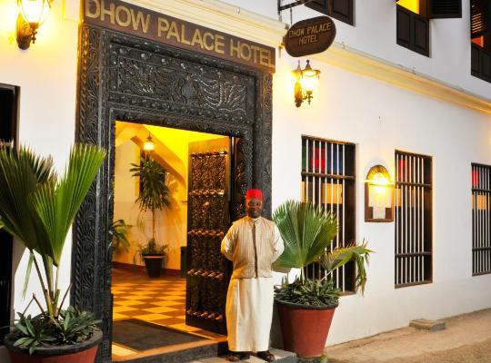 ホテルの写真: Dhow Palace Hotel