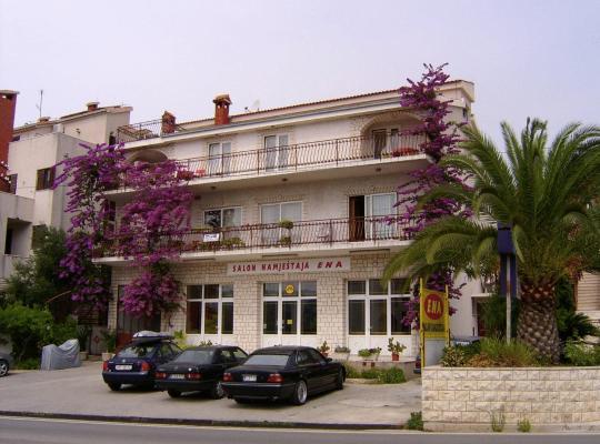 Φωτογραφίες του ξενοδοχείου: Apartments Zoric