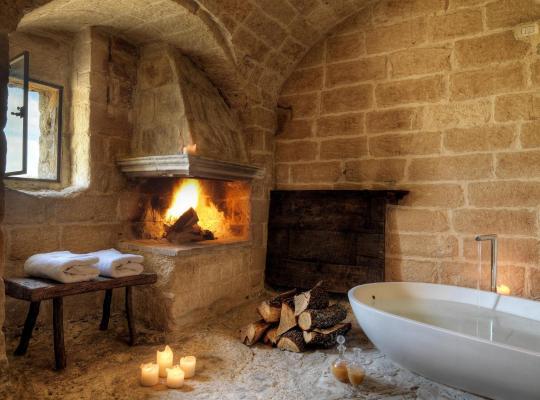 Fotos do Hotel: Sextantio Le Grotte Della Civita