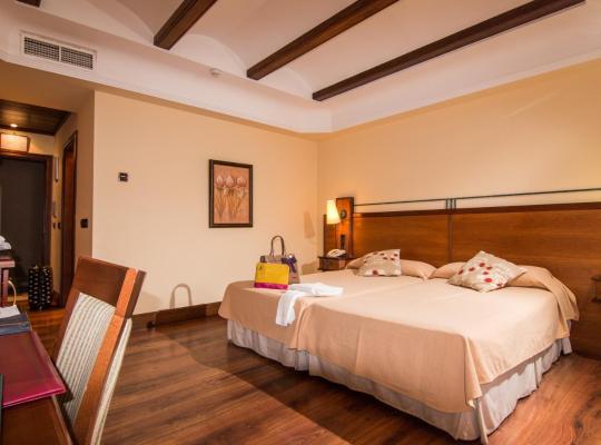 Otel fotoğrafları: Abades Guadix