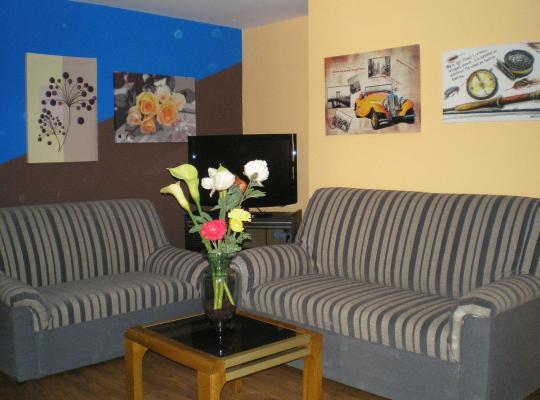Фотографії готелю: Apartamentos Augusta Centro