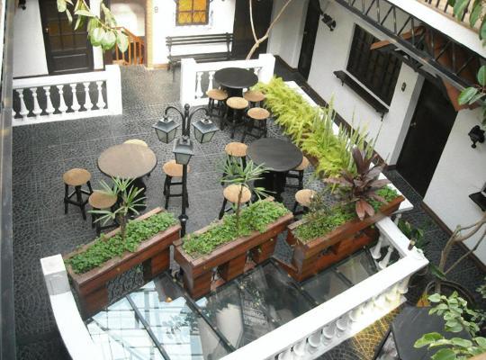 Φωτογραφίες του ξενοδοχείου: Hotel Calacoto