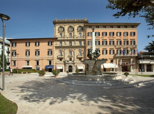 Hotel photos: Grand Hotel Plaza & Locanda Maggiore