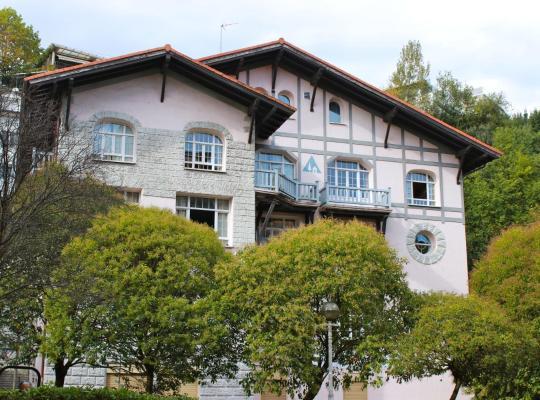 Fotos de Hotel: Albergue Juvenil Ondarreta