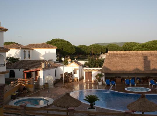 酒店照片: Hostal Los Pinos