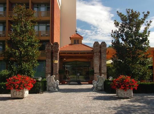 Hotel Valokuvat: Thermal Hotel Harkany