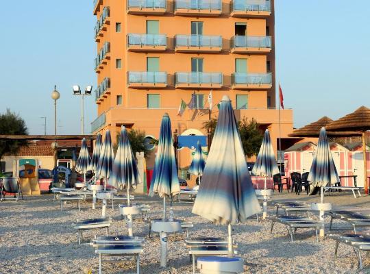 Fotos de Hotel: Abbazia Club Hotel Marotta