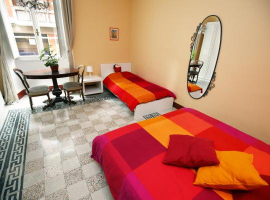 รูปภาพจากโรงแรม: Giulietta al Colosseo B&B