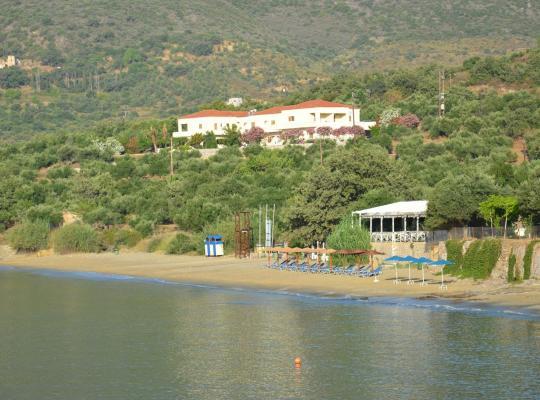 תמונות מלון: Skoutari Beach Hotel