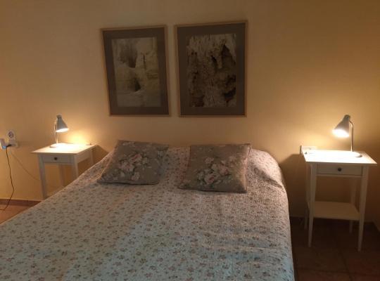 Ảnh khách sạn: Gil's Guest Rooms