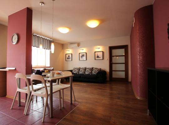 Фотографии гостиницы: Home & Travel