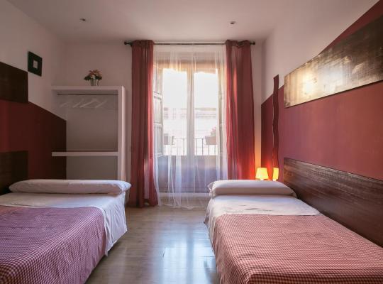 Photos de l'hôtel: Hostal La Casa de La Plaza