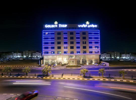 ホテルの写真: Golden Tulip Dammam Corniche Hotel
