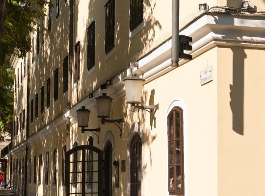 ホテルの写真: Hotel Klastrom