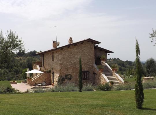 होटल तस्वीरें: Residenza Degli Oleandri