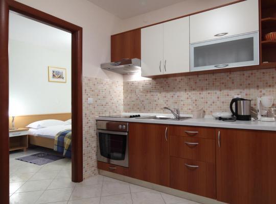 Φωτογραφίες του ξενοδοχείου: Apartments Ivana
