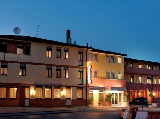 صور الفندق: Hotel Europa