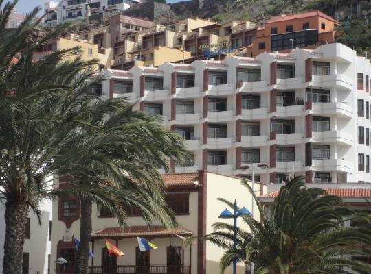 Képek: Apartamentos Quintero – Adults Only
