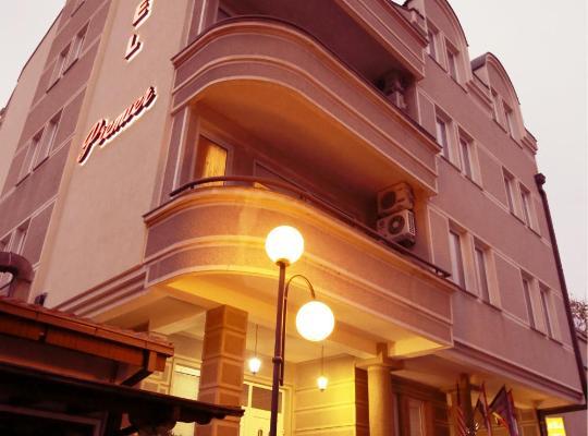 Hotel photos: Premier Hotel