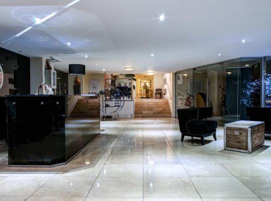 Hotel photos: Clayton Lodge Hotel