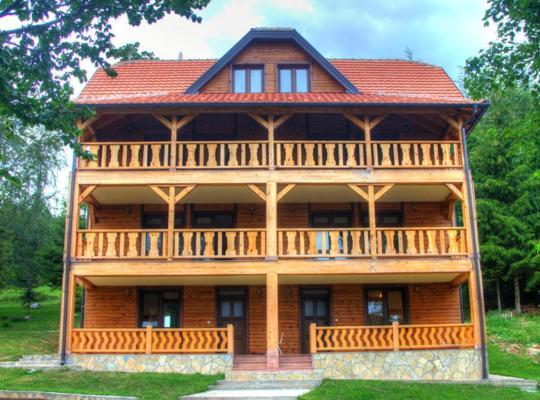 Хотел снимки: Apartments Zaric