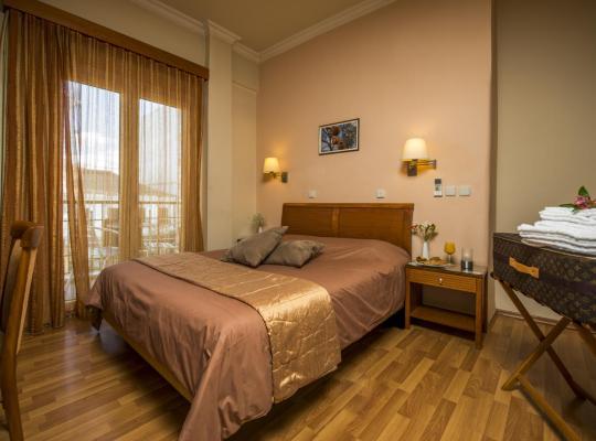 ホテルの写真: Lakonia Hotel