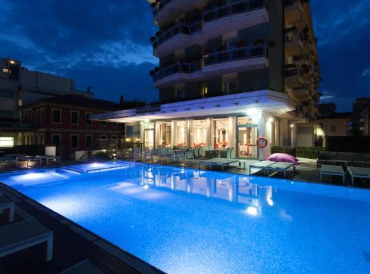 Hotel foto 's: Hotel Adlon