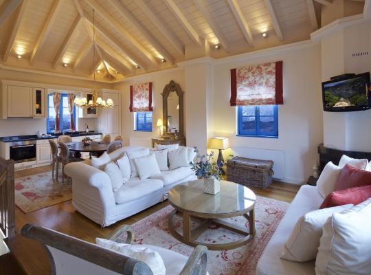 Фотографии гостиницы: Zagori Suites Luxury Residences