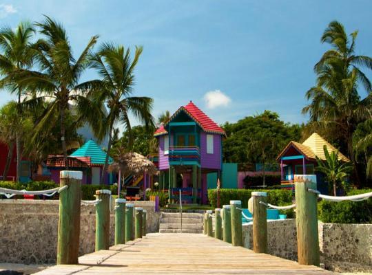 Viesnīcas bildes: Compass Point Beach Resort