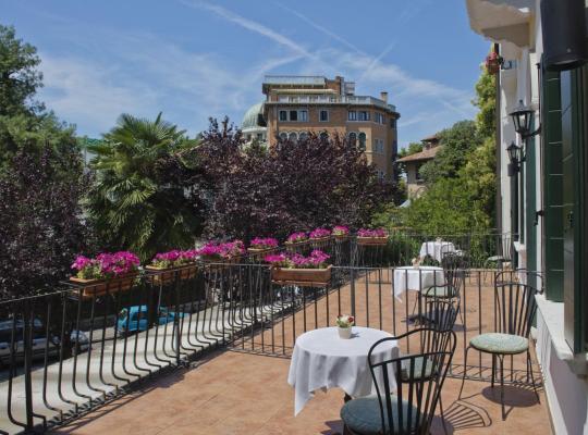 Képek: Hotel Villa Edera