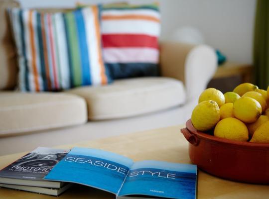 Фотографии гостиницы: Amarandos Sea View Apartments