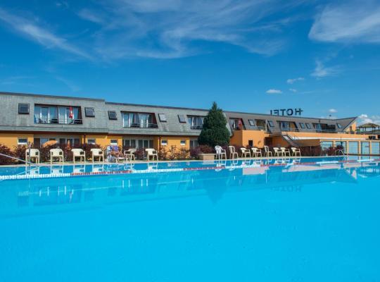 Képek: Hotel Lacotel
