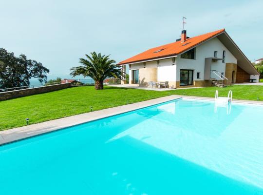Fotos de Hotel: Emyrent l Villa Igeldo