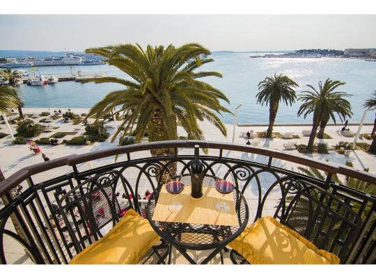 Hotel photos: Riva Royal View Luxury Apartments