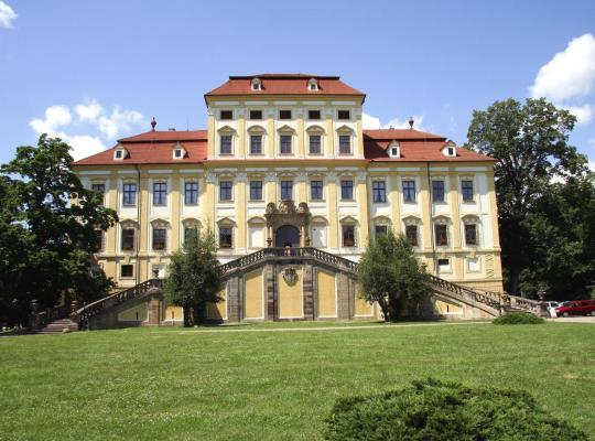 Hotelfotos: Zamek Cerveny Hradek