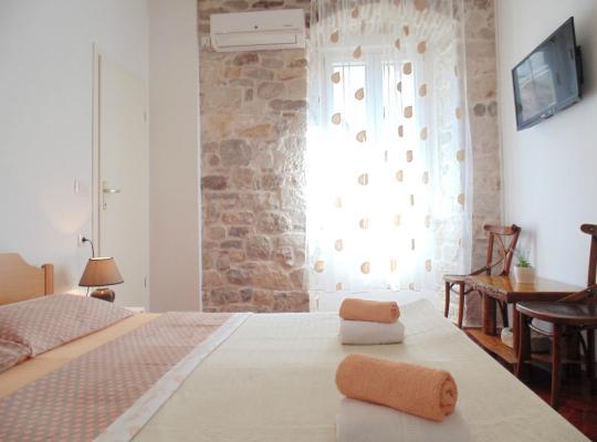 תמונות מלון: Rooms and Apartments Djanovic