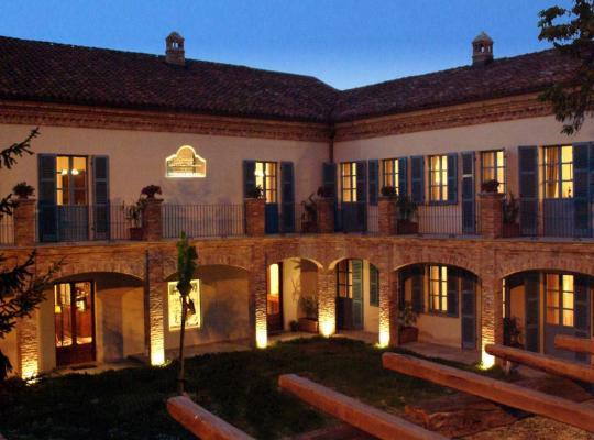 होटल तस्वीरें: Locanda Dell' Orso Bevitore