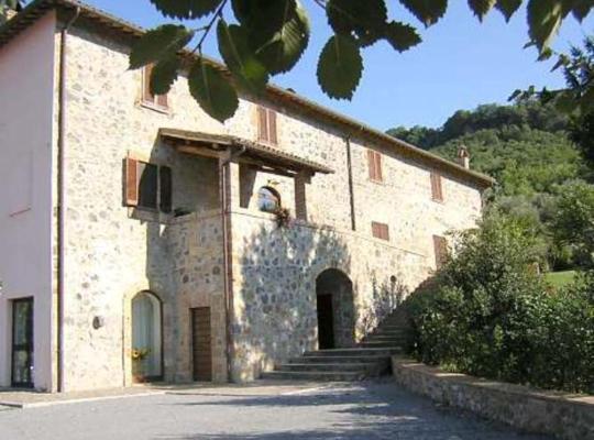 Képek: Villa Acquafredda
