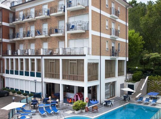 Otel fotoğrafları: Sporting Hotel